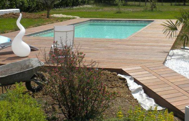 Terrasse bois plage de piscine for Amenagement plage piscine